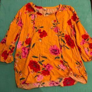 NWOT summer shirt